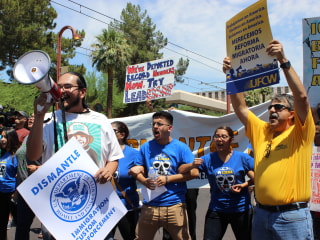Arizona Immigration Activists Block Streets in Protest