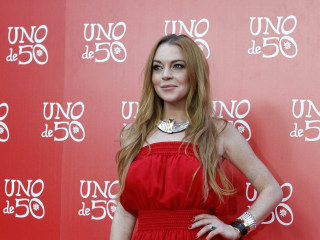 Lindsay Lohan, Politico? Star Sent Out Series of Brexit Tweets