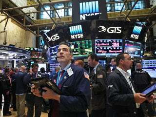 European Shares Retreat, Oil up as Markets Return to Fed-Watching