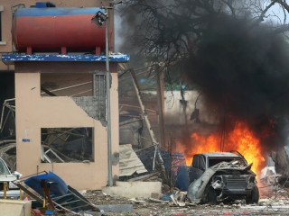 Gunmen Take Guests Hostage at Somalia Hotel, 14 Killed: Report