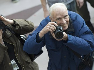 Bill Cunningham, Iconic New York Times Street-Style Photographer, Dies at 87