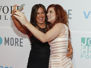 Mariska Hargitay and Debra Messing Take Makeup-Free Selfie