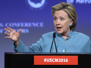 Overconfidence Emerges as Top Concern for Hillary Clinton's Camp
