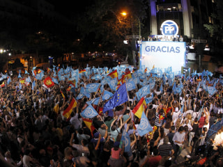 Spain's Conservatives Win Election, Seek Coalition With Socialists