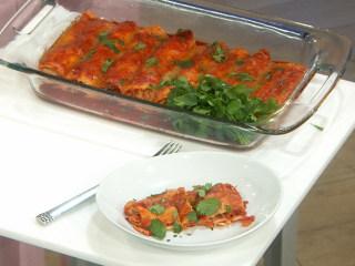 Joy Bauer's Low-Calorie Chicken Enchiladas