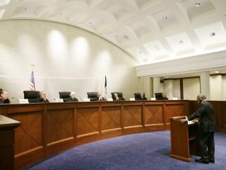 Iowa Upholds Felon Voting Ban