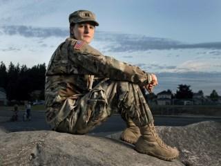Pentagon Lifts Ban on Transgender Service Members Serving Openly