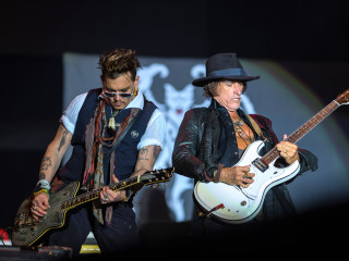 Hollywood Vampires Resuming Tour as Guitarist Joe Perry Recovers in New York Hospital