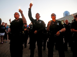 Dallas Police Honor Fallen Officers at Candlelight Vigil