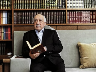 U.S.-Based Cleric Fethullah Gulen Blamed by Erdogan in Turkey Coup Bid