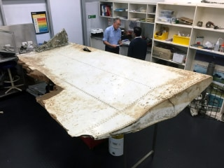 MH370 Search: Pictures Show Wing Flap Found on Pemba Island