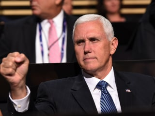 Mike Pence Has First Run-In With Protesters in Lima, Ohio