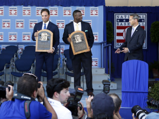 Mike Piazza, Ken Griffey, Jr. Inducted In Baseball Hall of Fame