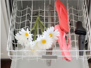 Surprising things you can clean and cook in your dishwasher