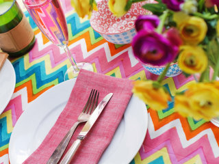 Tips on planning a beautifully laid back summer party