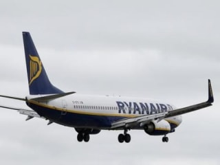 Ryanair to Shift Growth Focus From UK Following EU Exit Vote