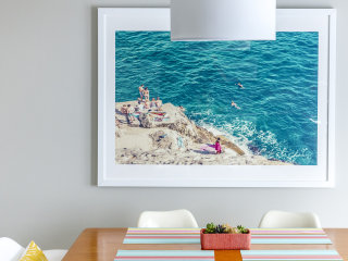 New Service Helps You Create Gallery Walls at Home