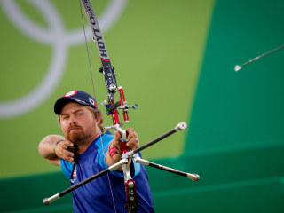 Is That You, Leo? Olympic Archer Has People Doing Double Take
