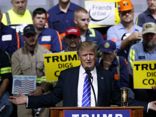 Trump Attacks Clinton on Emails and Energy in Coal Country
