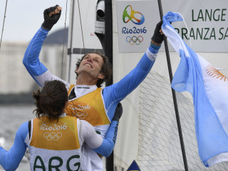 Argentine Sailor Beats Cancer, Then Wins First Olympic Gold Medal