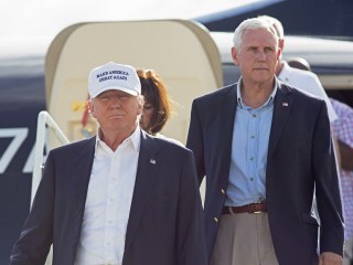 Mike Pence Carves Familiar Path Across Swing States for Donald Trump
