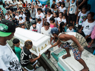 Over 1,900 Killed in 'Chilling' War on Drugs by Philippines' Duterte