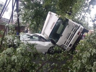 Today in Pictures: Extreme Weather Hits Indiana and More