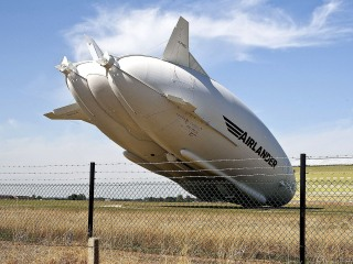 Airlander 10, World's Largest Aircraft, Damaged in Rough Landing