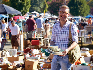 Expert Eddie Ross Reveals How to Navigate a Flea Market Like the Pros