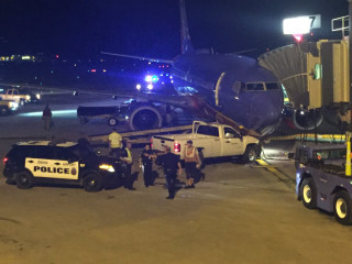 Omaha Suspect Crashes Into Southwest Airlines Jet After Scaling Fence: Cops