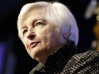 Dow Jumps 100 Points After Yellen Sees 'Strengthened Case' for Rate Hike