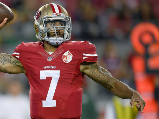 49ers QB Makes Statement By Refusing To Stand For Anthem