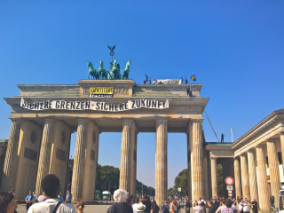 Anti-Islam Activists Protest Atop Berlin's Brandenburg Gate
