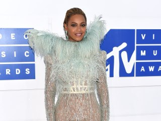 MTV VMAs: The Best and Wildest Outfits on the Red Carpet