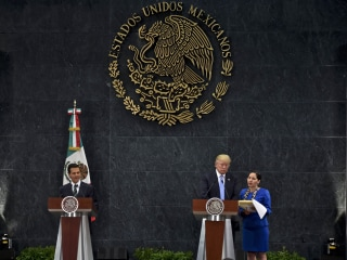 Trump Meeting With Enrique Peña Nieto Not Likely to Sway Latinos