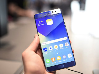 Three Airlines Ban Samsung Galaxy Note 7 Phones After Battery Fires