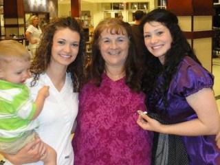 Unsolved Murder of Kansas Dog Breeder Lori Heimer Haunts Daughters