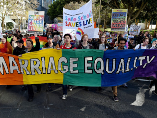 Poll Shows Australians Back Gay Marriage But Not Referendum Plan