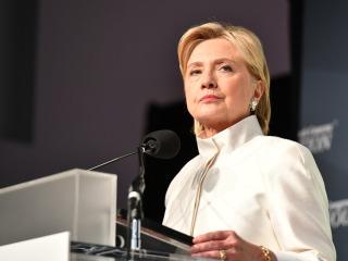 Hillary Clinton Regains Momentum Against Donald Trump: Poll