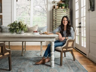 Let Joanna Gaines decorate your house! The 'Fixer Upper' star adds rugs to home line