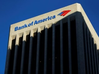 Former Top Bank of America Female Banker Settles 'Bro's Club' Lawsuit