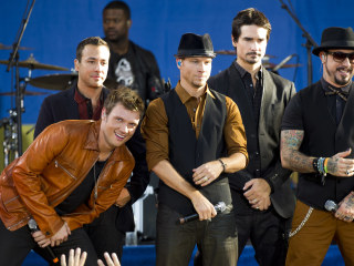The Backstreet Boys Are Back With 'Larger Than Life' Show