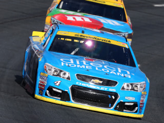 NASCAR Sprint Cup: Kevin Harvick Wins at NH to Advance in Chase