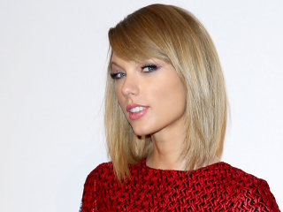 Taylor Swift's hair goes from a bob to a shag — see the look!