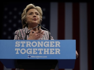 Clinton Hits Trump for 'Strongman Approach'