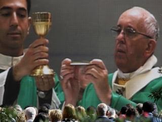 Pope Francis Celebrates Mass in Muslim Azerbaijan, Home to 700 Catholics