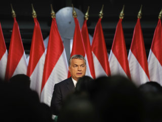 Hungary Votes to Reject EU Migrant Quotas, but Turnout Too Low to Be Valid