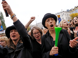 Polish Women Stage 'Black Monday' Strikes to Protest Abortion Law