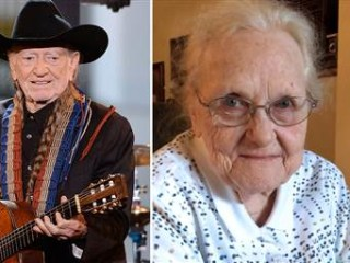 92-Year-Old Hears Willie Nelson Sing Her Song