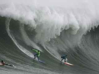 Mavericks Will Include Women Surfers For 1st Time